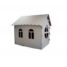 Картонный домик